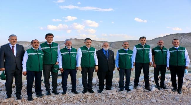Tarım ve Orman Bakanı Pakdemirli, Eskişehir'deki Gökpınar Barajı'nda incelemede bulundu: