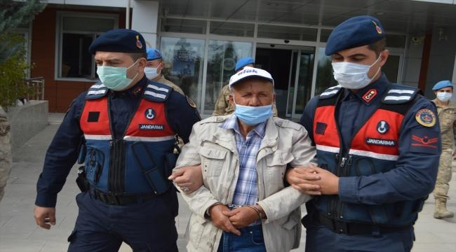 GÜNCELLEME - Afyonkarahisar'da 5 öğrencinin yaşamını yitirdiği kazayla ilgili gözaltına alınan servis şoförü tutuklandı